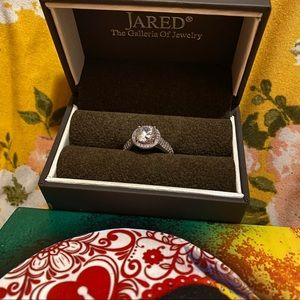 JARED Engagement Ring, size 7